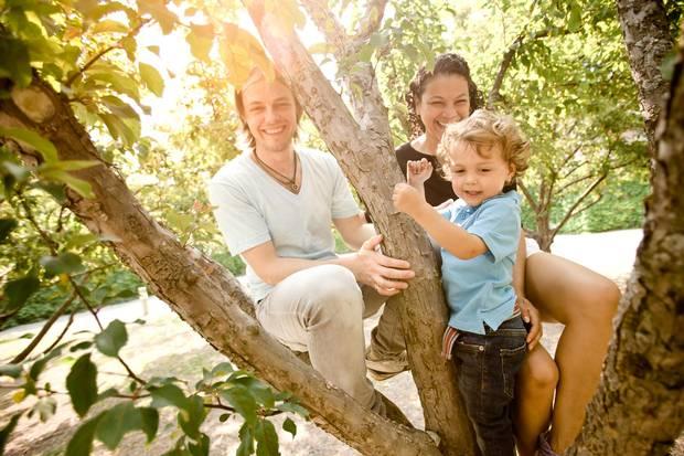 Cody Fauser, Maria Urbina-Fauser and their son Simón.