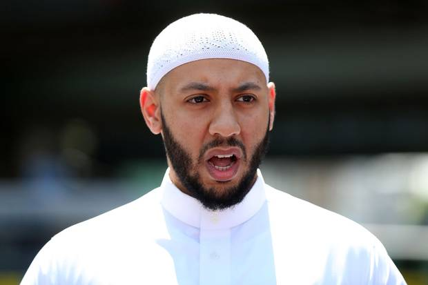 Imam Mohammed Mahmoud gives a statement to the media at a police cordon in Finsbury Park on June 19, 2017.