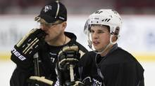 Sidney Crosby and Pittsburgh Penguins coach Dan Bylsma. (Martin Chamberland/Martin Chamberland/The Canadian Press)