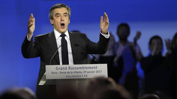 François Fillon makes a speech during a campaign meeting in Paris on Jan. 29, 2017.