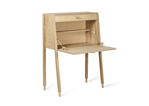 A hella writing desk. Djuna Day specializes in custom art and design commissions for clients across Canada.