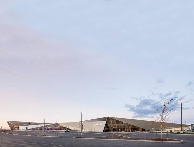 The Clareview Community Recreation Centre, designed by Toronto firm Teeple Architects and Edmonton's Architecture Tkalcic Bengert, is the most ambitious and thoughtful building in the neighbourhood.