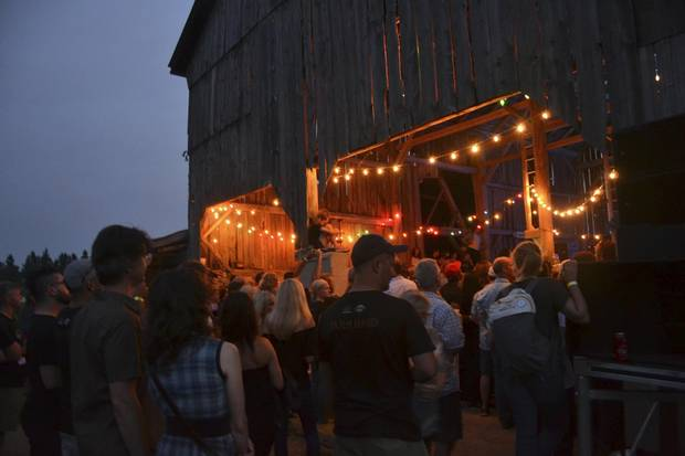 The New Farm hosts what has become an annual concert complete with food to raise money to help get organic food into low-income neighbourhoods.