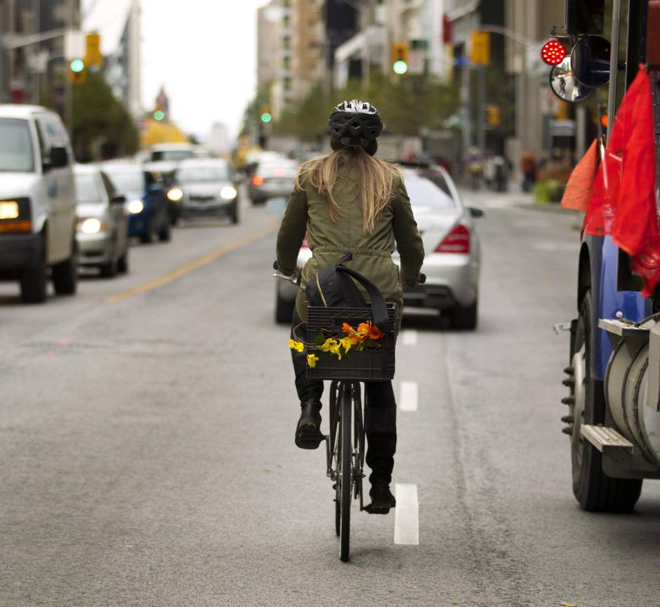 Bicycle commuting puts riders on the road to fitness