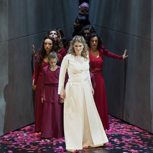 Jane Archibald, centre, plays Konstanze in the Opéra National de Lyon production of The Abduction from the Seraglio, 2016. Photo: Bertrand Stofleth