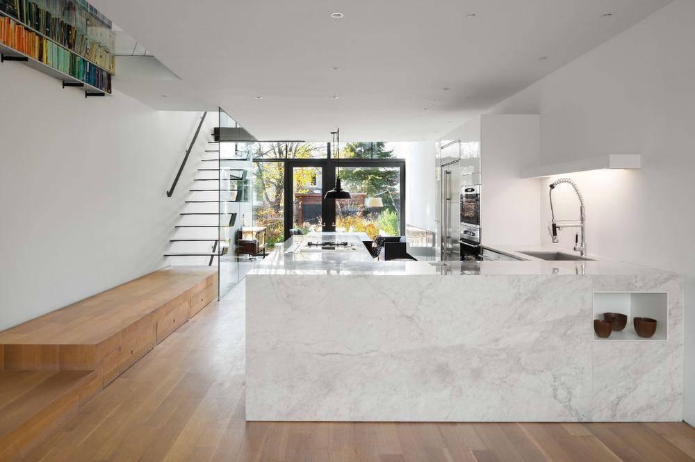 A Century Old Toronto House Is Enlivened For A New Age The Globe