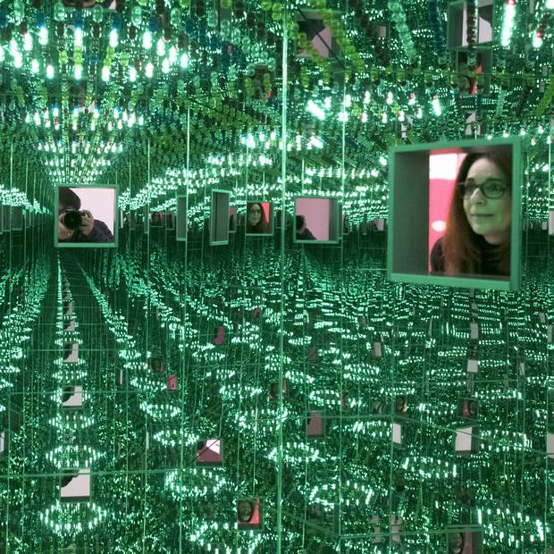 Infinity Mirrored Room: Love Forever, 1966/1994.