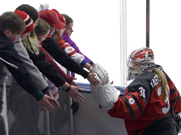 As Emerance Maschmeyer continues her hockey career remains hopeful of a spot on Team Canada for the 2018 Winter Games, she's taking a semester-long certificate in business through Smith.