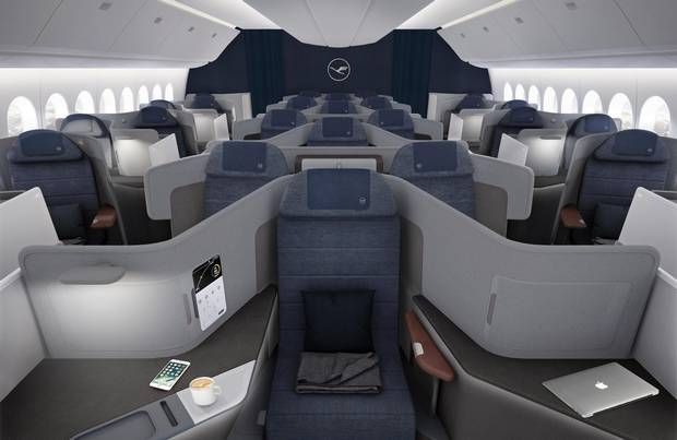 In 2016, Lufthansa launched the Flying Lab, where passengers on designated flights could tune in to live presentations related to digitalization and test-related technology.