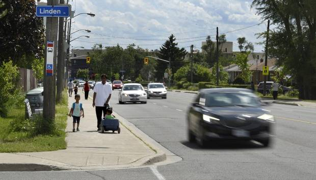 The stretch of Danforth Road near Linden Avenue, where Steve Dinopoulos died after trying to cross the road in 2015.
