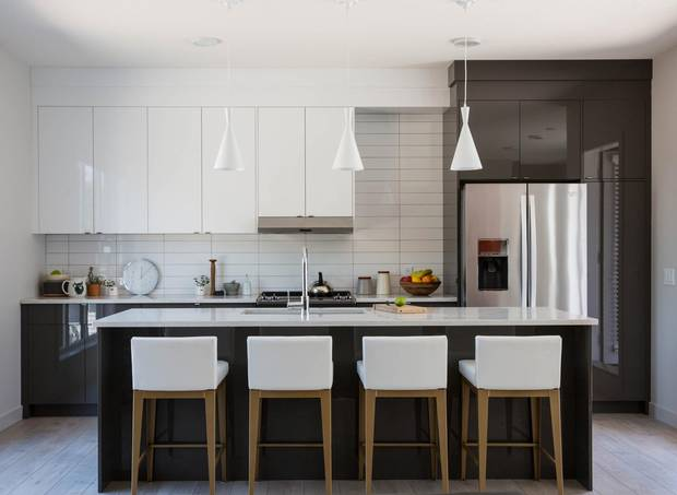 Customers can choose between two kitchen colour palettes, each with stainless-steel appliances.
