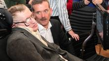 Canadian astronaut Chris Hadfield and Professor Stephen Hawking are pictured at Canada House on Dec. 19, 2013. (Paul Glen, Canadian High Commission, London)