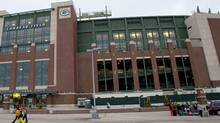 Outside view of Lambeau Field prior to the game between the Chicago Bears and Green Bay Packers. Jeff Hanisch-US PRESSWIRE (Jeff Hanisch/US PRESSWIRE)