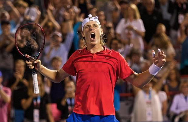 epaselect epa06139356 Denis Shapovalov of Canada celebrates his victory over Adrian Mannarino of France during the ATP Rogers cup men's quarter final in Montreal, Canada, 11 August 2017. EPA/ANDRE PICHETTE
