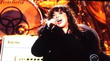 Ann Wilson of Heart covers Led Zeppelin's Stairway to Heaven at the Kennedy Center 2012 Honors. (Youtube)
