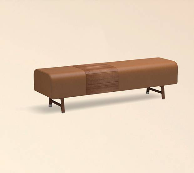 Cheval d'Arcons bench in Canaletto walnut and gold taurillon leather.