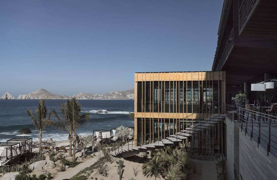 The Cape Offers A Laid Back Surf Vibe Only Minutes From Downtown Cabo Jody Robbins San Lucas