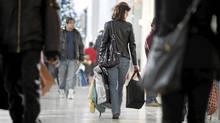 Shopping madness at Yorkdale mall. (Charla Jones/Charla Jones/Globe and Mail)