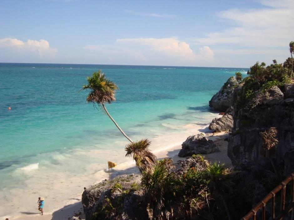 Beach-side Yucatan towns offer 'Mexico-lite' living