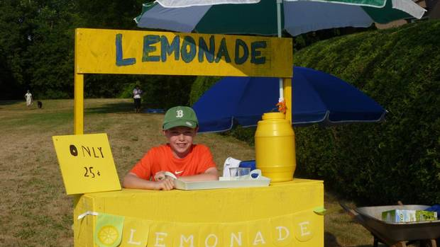 "The entrepreneur: Liam in Ottawa The deal: 25 cents a glass The sales pitch: It's all about location. Liam built this stand with his Dad and set it up near a beach volleyball tournament. ""One lady said I looked like a mirage from far away."" The take: $130"