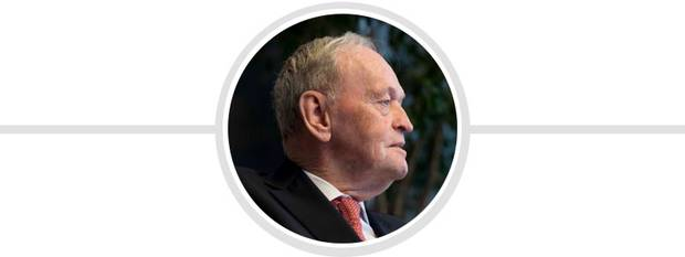 jean chretien essay Le mandat de jean chrétien comme premier ministre du canada a été marqué par de nombreuses opportunités pour le canada de poursuivre une politique 10this essay investigates this intersection: canada's role as a middle power in the chrétien years with respect to his use of multilateral organizations, notably the.