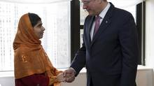 Stephen Harper meeting with Malala Yousafzai on thursday sept. 26, 2013 in New York. (PMO)