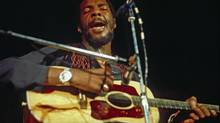 Richie Havens in performance in Hamburg, German, mid-seventies (AP)