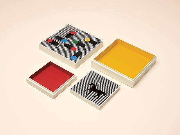 Lien d'Hermès lacquered wood boxes.