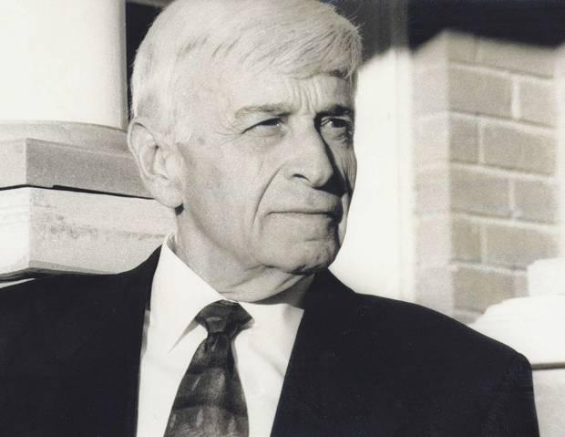 Max Eisen.