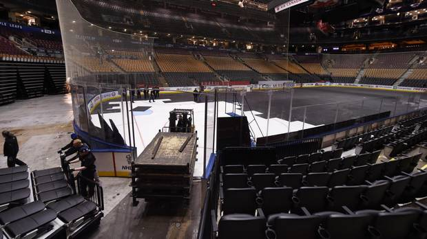 c98d6905367 Up all night  How stadium workers transformed the Air Canada Centre ...