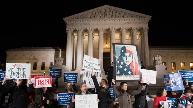 How Do US Courts Work A Map Of The Trump Travel Bans Long - How do us court circuits map