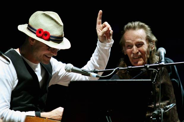 Feb. 4, 2010: Gord Downie and Gordon Lightfoot perform together at the Toronto Centre For the Arts.