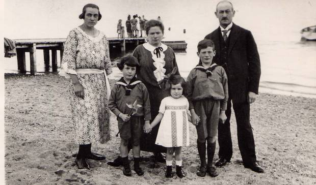 Beach July 1924: Peter Stevens' family in 1924, when he was known as Georg Hein in Germany. Front row, from left: Georg, Trude and Erich Hein. Back: Unknown woman, Henni and Victor Hein.