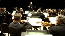 Music Director Peter Oundjian conducts the Toronto Symphony Orchestra at Roy Thomson Hall. (Sian Richards)