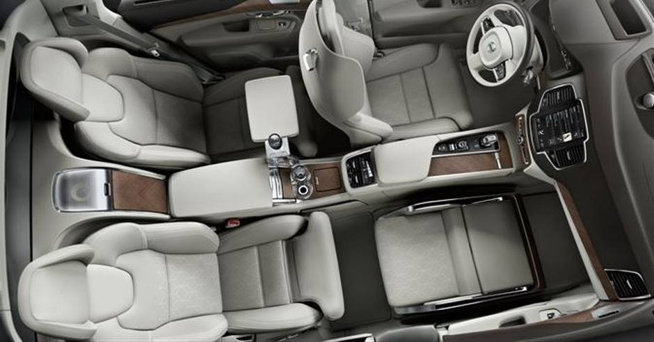 Volvo Reveals New Super Luxurious Car Without Front Passenger Seat